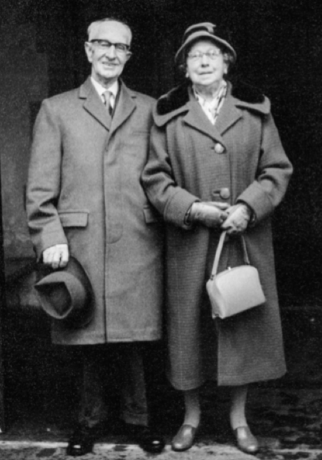 Arthur and Mary, the first generation of Dennetts.